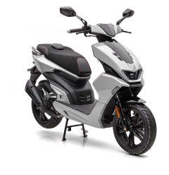 Nova Motors GT5 50 4T sportscooter