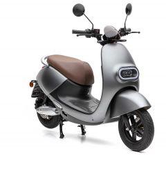 Nova Motors S3 li 50 elektrisch - Retro elektrische scooter met BOSCH-Motors en uitneembaar Lithium-Ion dubbele accusysteem